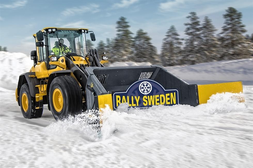 """Under fyra dagar i februari riktar alla rallyintresserade blickarna mot Värmland och det klassiska Svenska Rallyt – det enda vinterrallyt i FIA World Rally Championship (WRC). Swecon förlänger samarbetet med arrangören och nyheten """"Swecon Road to Rock Arena"""" kommer att bjuda på spektakulära scener i Torsby."""