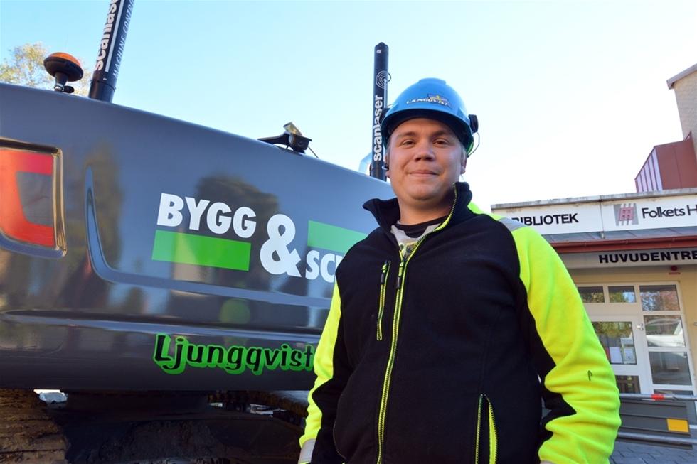 Att få lösa problem, göra ett snyggt jobb och få jobba tillsammans med bra kollegor och uppdragsgivare. Det är viktiga drivkrafter för Anton, som är andra generationen Ljungqvist i Bygg & Schakt AB i Vingåker. Anton började i pappa Peters entreprenadföretag direkt efter grundskolan och det dröjde inte länge förrän han hade förarbeviset för grävmaskin i sin hand.