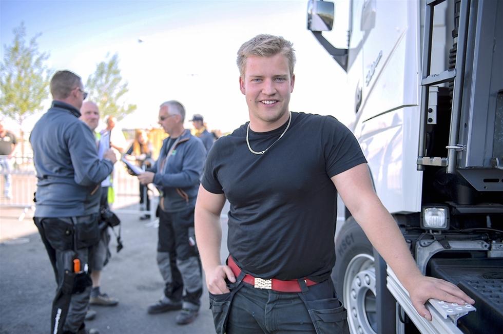 Oskar Ågren visste att han vunnit – innan resultaten presenterades. Han höll masken. – Jag avslöjade inget för mina föräldrar som fanns på plats, förrän prisutdelningen, säger den 19-åringe Skånepågen från Höör.