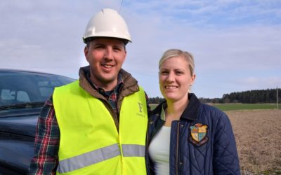 Fredrik och Katarina förenar resurser växande entreprenadföretag