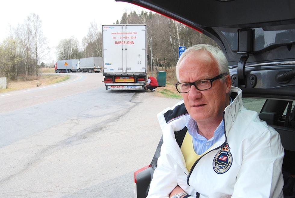 Cirkle K ska bygga en säker parkering för lastbilar vid Vädermotet på Hisingen, nära Älvsborgsbron och E6. – Eftersom det inte finns en enda säker uppställningsplats i Göteborg så har vi kommit överens med kommunen och hamnen om att anlägga en sådan, säger Dan Petersson, fastighetsutvecklare på Circle K.