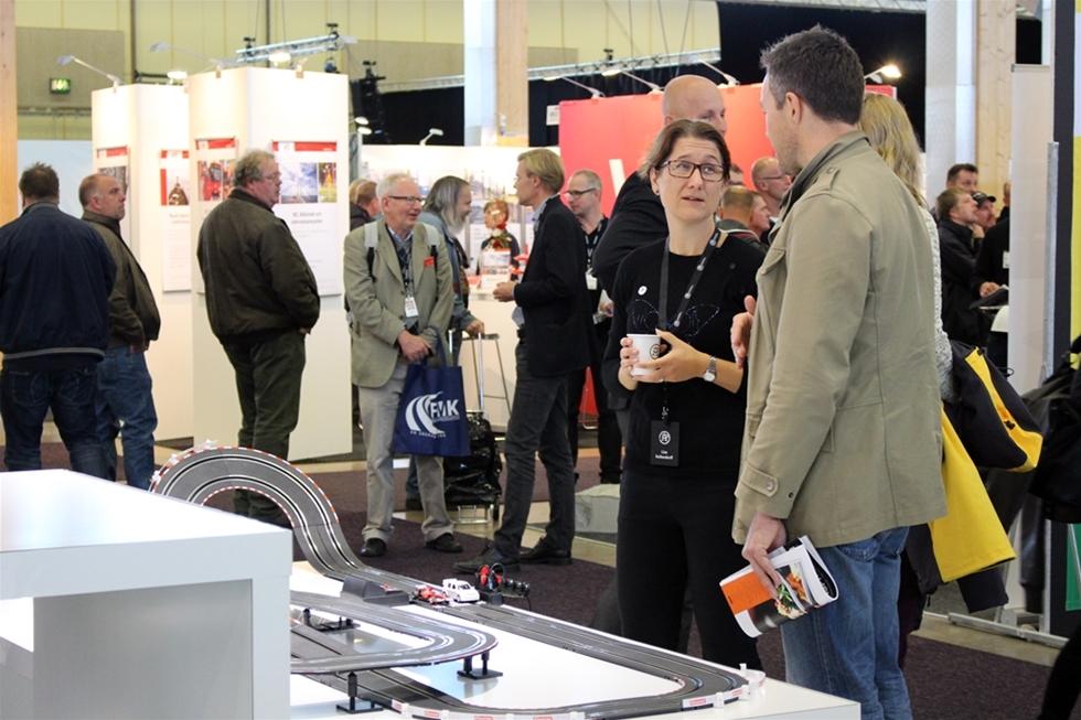 Det var triss i mässor på Elmia i Jönköping i början av oktober – Future Transport, Nordic Rail och Nordic Road. Mässorna vände sig till alla verksamma inom sektorn inte bara i Sverige, utan i hela Norden. Och det blev som vanligt en hel del spännande frågeställningar som luftades bland utställarna i hallarna, bland de över 100 seminarierna och på succépunkten Matchmaking där det var 1000 bokade möten mellan 100 deltagare.