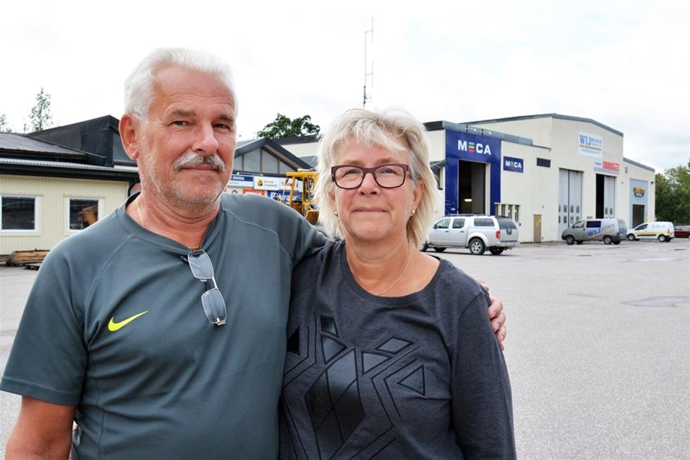 Sölve Rosén började 1974 sin anställning på Storas bolagsinterna skogsmaskinsverkstad i Ockelbo. Knappast anade han då att han skulle jobba kvar i samma lokaler över 40 år senare. Men så blev det, med den skillnaden att Sölve tillsammans med hustrun Carina tog över verkstaden 1999.