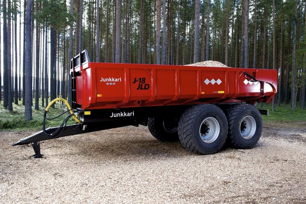 Från och med slutet av maj finns vagnar från den finska leverantören Junkkari i Etebra Maskin & Vagns sortiment. Tillsammans med den finska tillverkaren har Etebra kompletterat sitt befintliga program av vagnar.