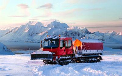 Leverans av bandvagn till Svalbard