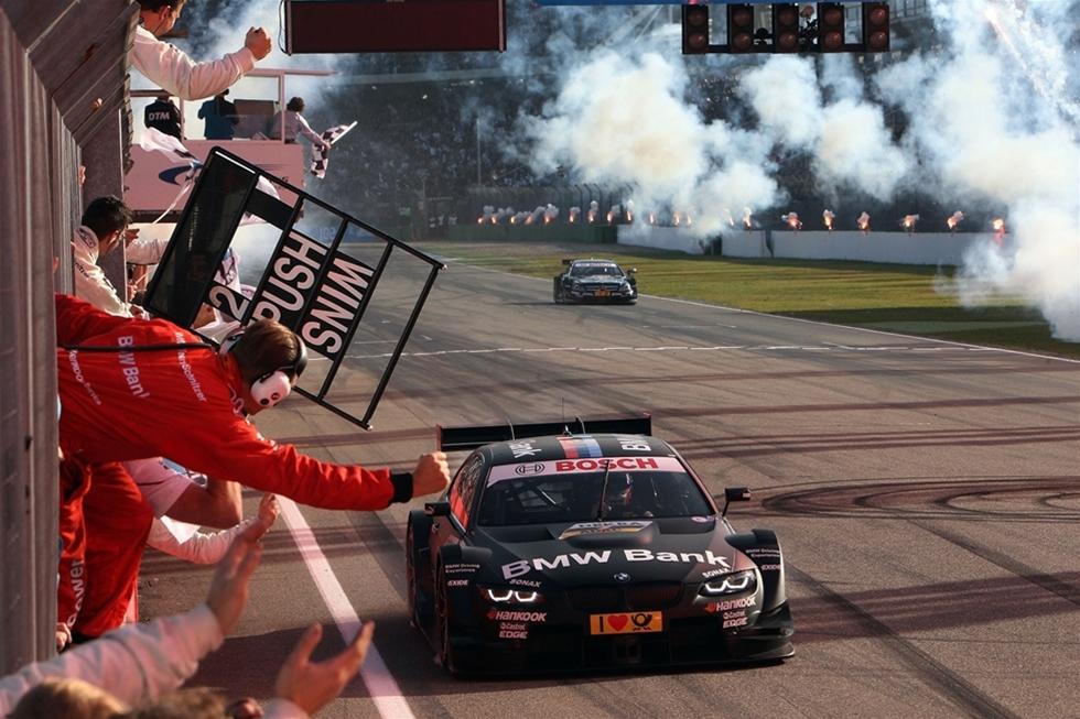 Partnerskapet mellan Castrol EDGE och Audi fick en mer än lovande start i 2014 Deutsche Tourenwagen Masters (DTM). Under  samarbetets första år vann de Ingolstadt  tillverkade bilarna fyllda med Castrol EDGE,  Manufacturers titeln. Dessutom slutade Mattias Ekström och 2013 mästaren Mike Rockenfeller tvåa och trea i förarmästerskapet i sina Audi RS 5 DTM bilar.