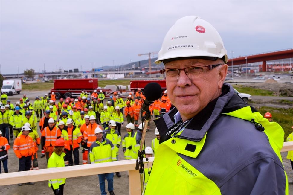 Vägbyggare lever farligt. – De är överrepresenterade i statistiken, säger Kjell Blom, Arbetsmiljöverket.