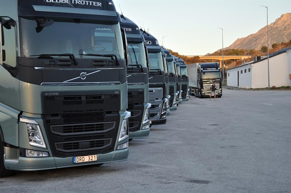 Det var 2002 som resan började. Volvo Lastvagnar presenterade sin automatiska växellåda I-shift och folk fnyste åt saken. För på den tiden - och det var inte alls länge sedan - så ansågs automatlådor och lastbilar inte vara kompatibla. De allra mest  optimistiska försäljningsansvariga drömde om att vi någon gång långt in i  framtiden skulle komma upp i 25 procent automater. Kanske möjligtvis. Nu närmar sig siffran 95 procent...