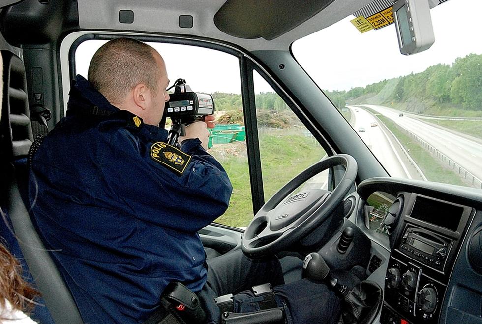 Kartan över Polis-Sverige har ritats om. – Det finns en stor tro inom åkeribranschen att vi ska få mer resurser och bli effektivare. De signalerna har inte jag sett, säger Thomas Modigh, chef för trafikpolisen i Skåne.