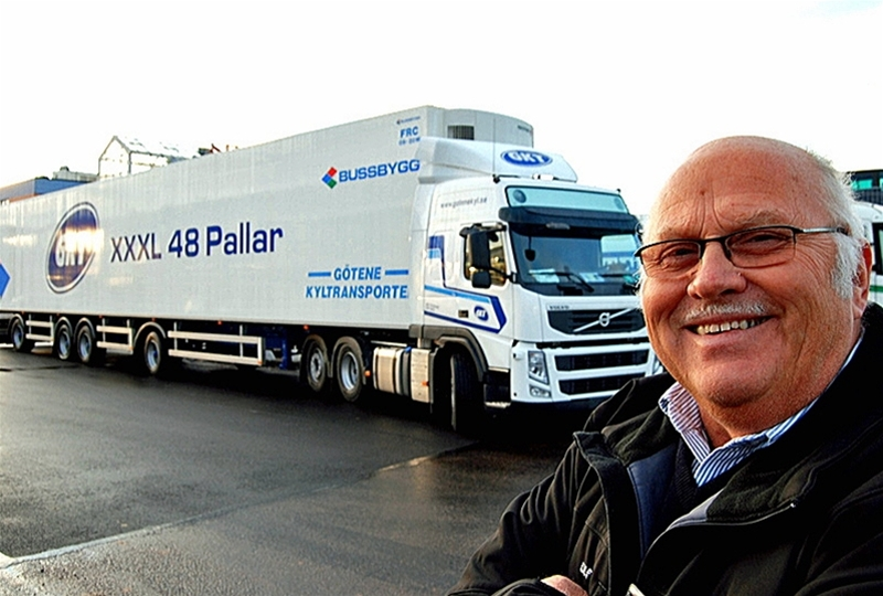 Alla sträcker inte upp händerna och jublar ohämmat åt att E20 ska byggas ut för 6,5 miljarder. – Ett konstigt grepp med en blandning av väg som 1+2 och 2+2. Istället för en fyrfilig motorväg, säger Ulf Johansson, vd för Götene kyltransporter.