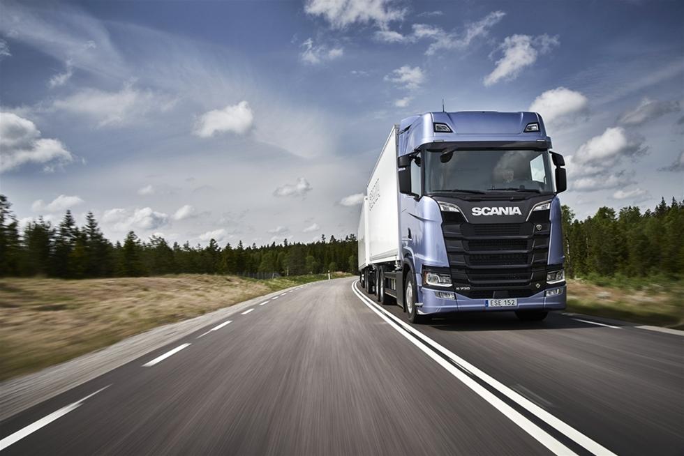 Scania tillkännager en investering på 10 miljoner euro i samarbetet för att främja utvecklingen av battericeller och stödja etableringen av Northvolts demonstrations- och utvecklingscenter.