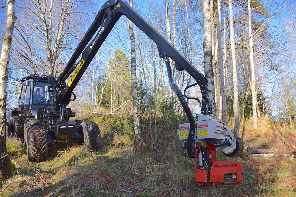 Magnus Wallin startade tillverkning av skogsmaskiner 2009 – mot alla odds. – Allt började som ett hobbyprojekt. Sen visade det sig att många ville ha maskinen, säger han.