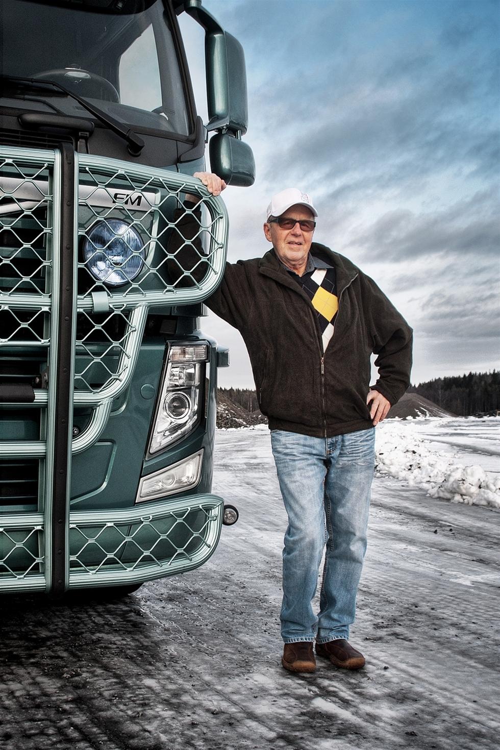 Axel Sandstedt, en av regionens främsta entreprenörer som byggde upp både Exte och Trux till världsledande företag, avled lördag den 1:a juni efter att ha kämpat mot cancer en längre tid.