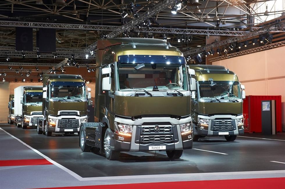Den stora utvecklingen i Renaults lastbilsprogram blev dramatisk och innebar ett farväl till legenderna Magnum och Premium. De ersätts av helt nya serier, där tyngdpunkten är lagd på kvalitet och effektivitet. Den som hade förväntat stora innovativa överraskningar blir däremot besviken.