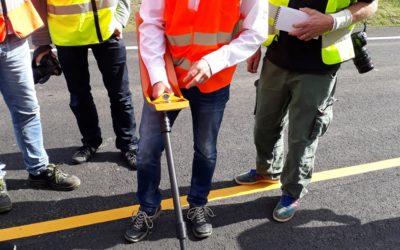 Ny utrustning mäter asfalt och hittar kablar