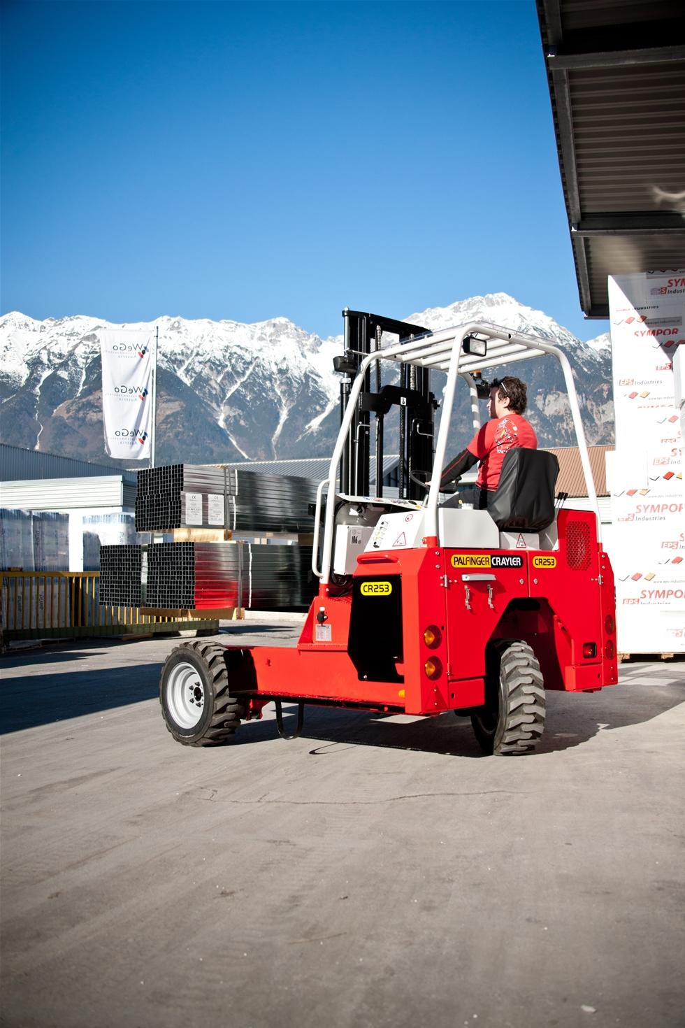 Palfinger Europe har beslutat att Hinz Försäljnings AB tar över agenturen för Palfingers påhängs- och boxmonterade truckar i Sverige. Hinz grundades 1973 och har varit generalagenten för Palfingers breda produktprogram i Sverige sedan dess. Bolaget erbjuder även sedan en tid tillbaka bakgavellyftar med kompletterande service. Produktspecialist för segmenten påhängstruckar och bakgaveliftar är Per Stohr.