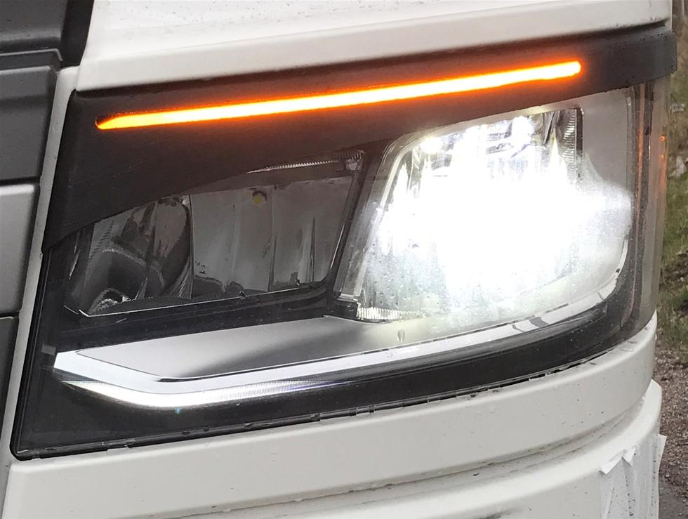 Truckstyle Sweden kommer har nyligen lanserat nya ögonlock för den nya genarationen Scania med xenon.