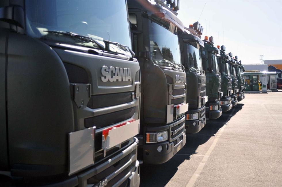 Scania Sverige ska leverera 81 lastbilar till Försvarsmakten. Affären innebär en avsevärd föryngring av försvarets nuvarande lastbilsflotta.