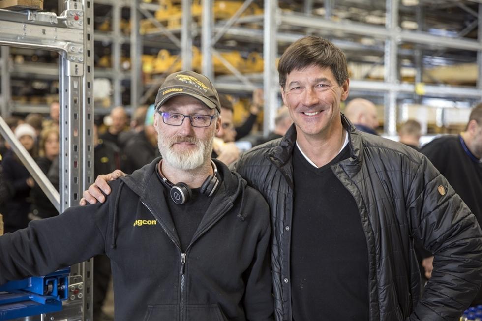 Engcon, världsledande på tiltrotatorer för grävmaskiner, har nyligen invigt ännu en fabrik i företagets huvudort Strömsund. Det är en ökad efterfrågan på Engcons produkter samt en satsning för att korta leveranstiderna ytterligare som ligger till grund för investeringarna i den nya fabriken.
