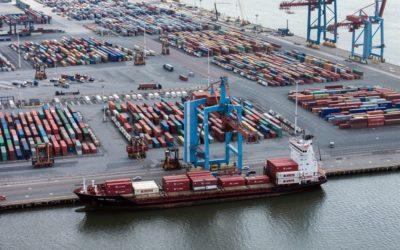 Fullständigt låst läge i Göteborgs hamn
