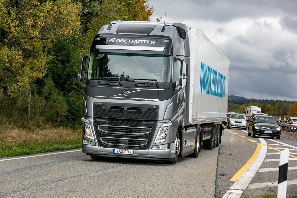 Sedan den senaste liknande testen, som vi redovisade i Å&T nummer 1 2014, har Volvo förändrat sin 13-litersmotor med common rail insprutning. Den är nu ombyggd till ett flexibelt insprutningssystem signerat Delfi, i likhet med CR-systemen till 11- och 16-litersmotorerna.